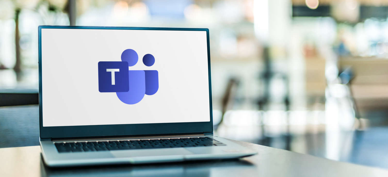 Microsoft Teams Live Events vs. Teams for Webinar vs. Teams Meetings with Overflow: Which is Best for Internal Comms?